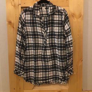 Gap pullover plaid